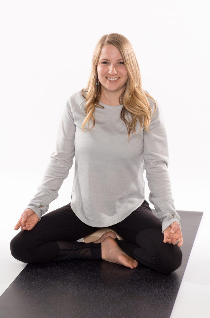 Yoga Elise